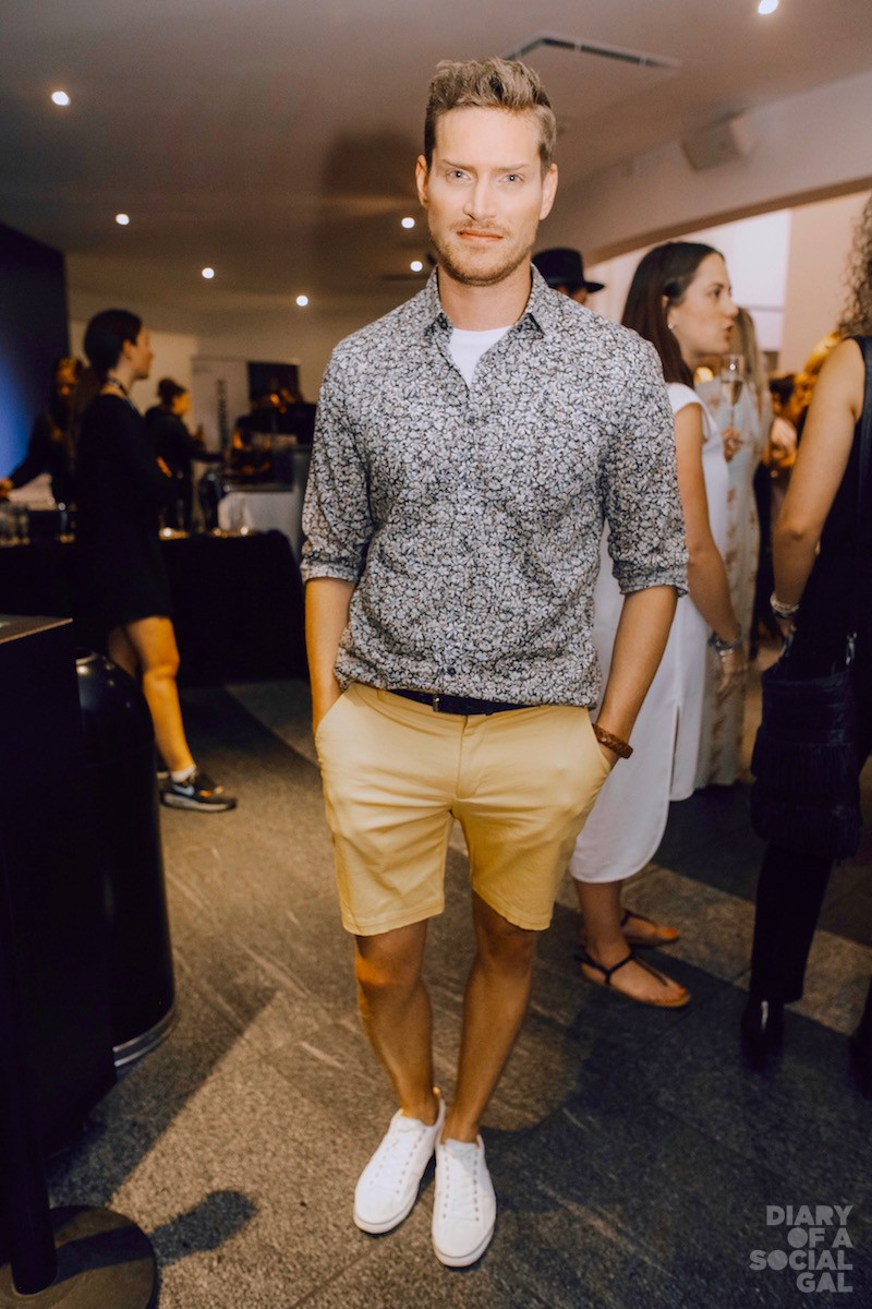 SUMMERTIME SARTORIALS: Actor PIERRE-OLIVIER BEAUDOUIN in LA MAISON SIMONS.