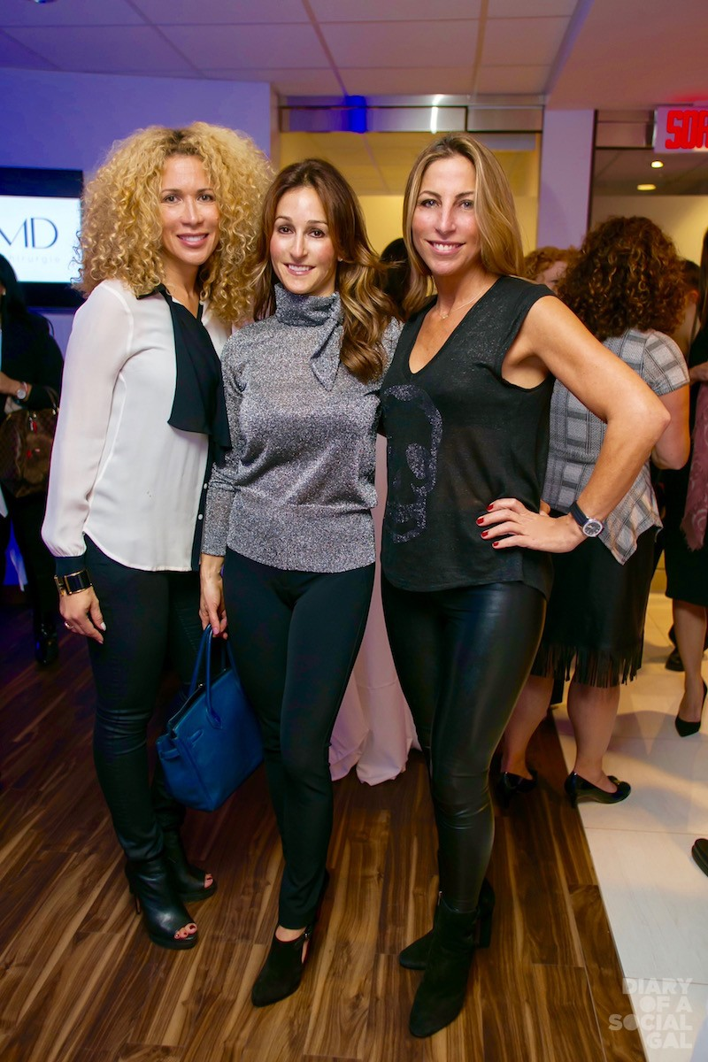 BIG SMILES ON THE BIG NIGHT: Real estate guruesse TATIANA LONDONO, Furtastic LYSA LASH and investments wizard LARA SCAFF.