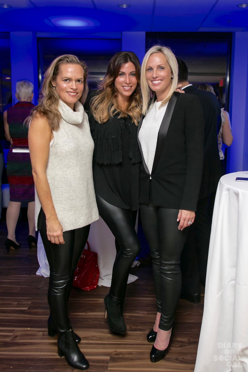 LOVE THESE SOCIAL SISTERS: ERIKA LUDWICK, Diary's JENN CAMPBELL, CATHERINE MELLING TURNER.