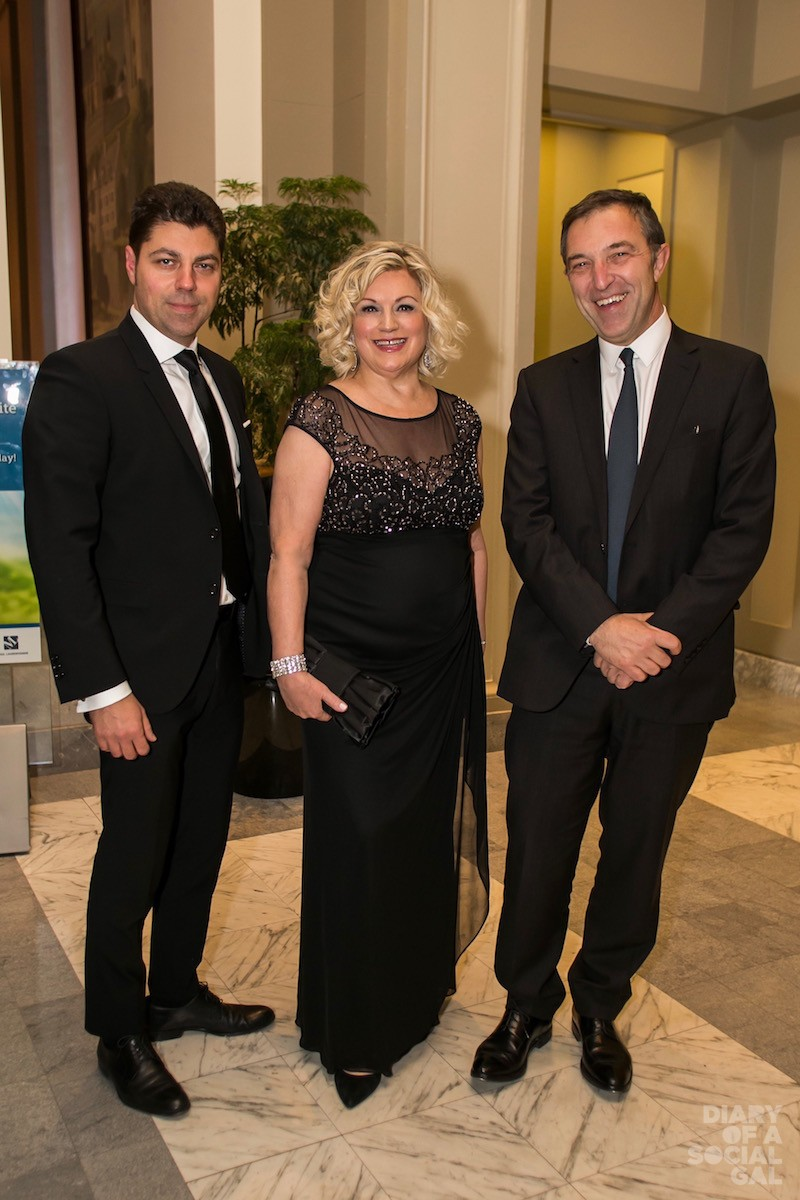 ALL IN THE FAMILY: Crédit agricole Corporate & Investment Bank's OLIVIER AKIAN, mom, board vice-chair GAIL GRANT, and the Bank's XAVIER ROUX.