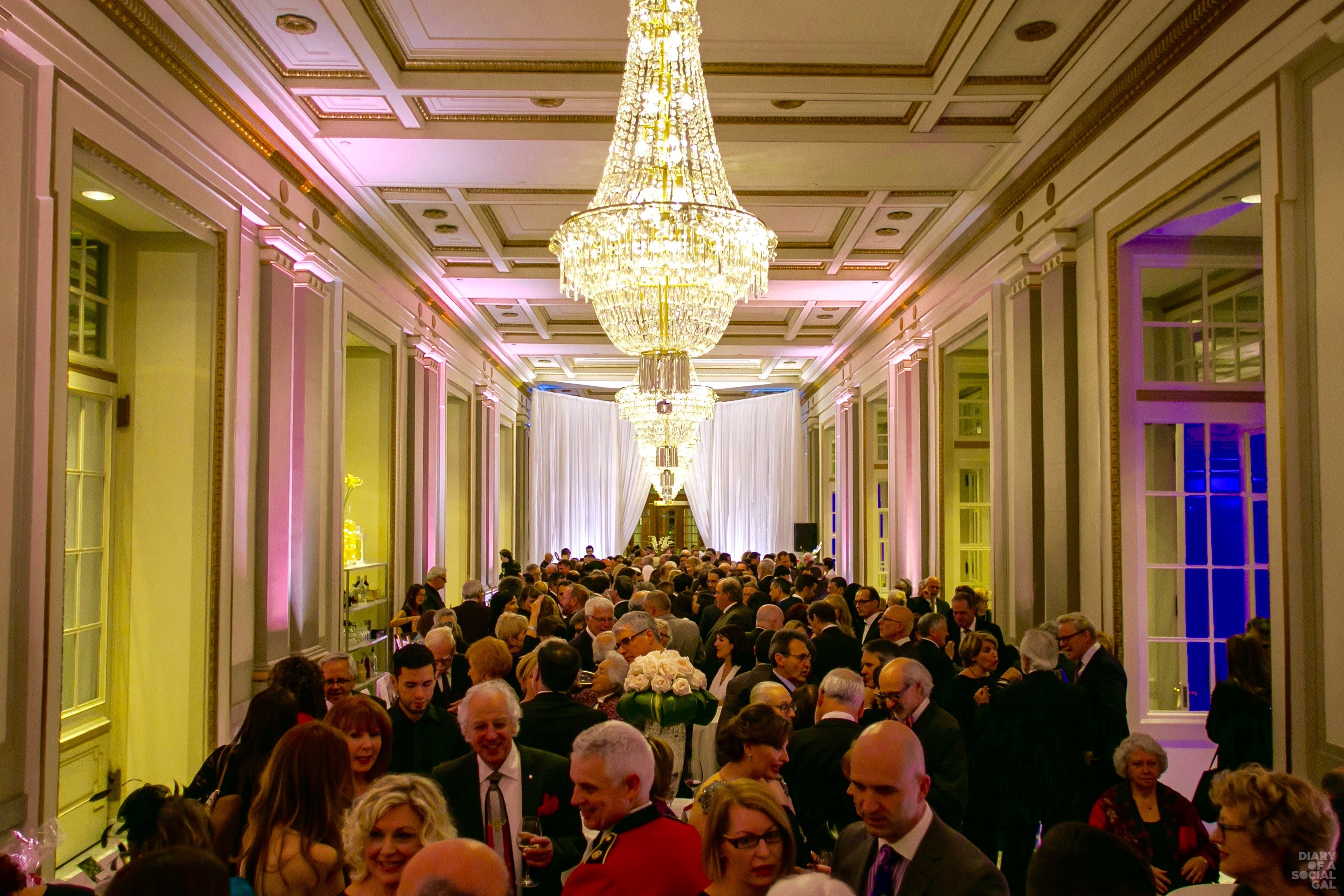 COCKTAILING DONE RIGHT AT LE WINDSOR: A sold out event attracted an A-list crowd at the recent Château Ramezay Gala Heritage 375 at Le Windsor. DAN PROKOPOWICZ