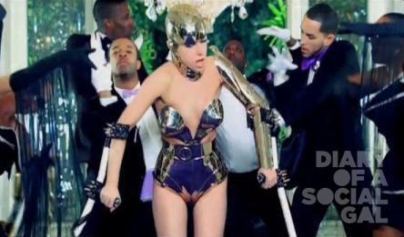 Lady-Gaga-Paparazzi-video-Crutches-scene