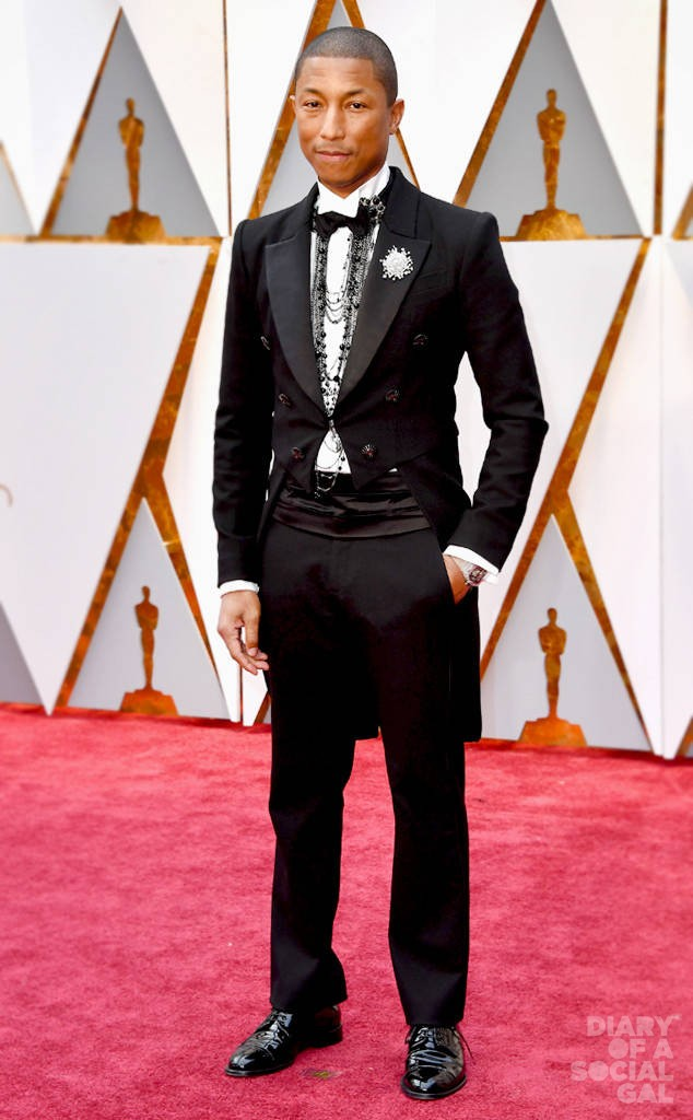 rs_634x1024-170226165326-634.Best-Dressed-634.Men-Oscars-2017-Pharrell-Williams