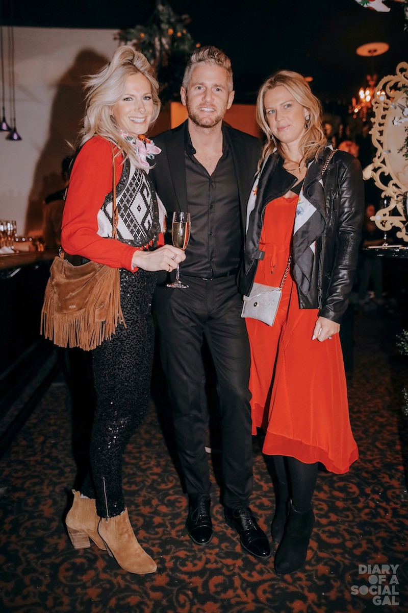 WOLFEWICH: CIJA's JOSH WOLFE (centre) with spectacular salad sisters REBECCA WOLFE and MANDY WOLFE.