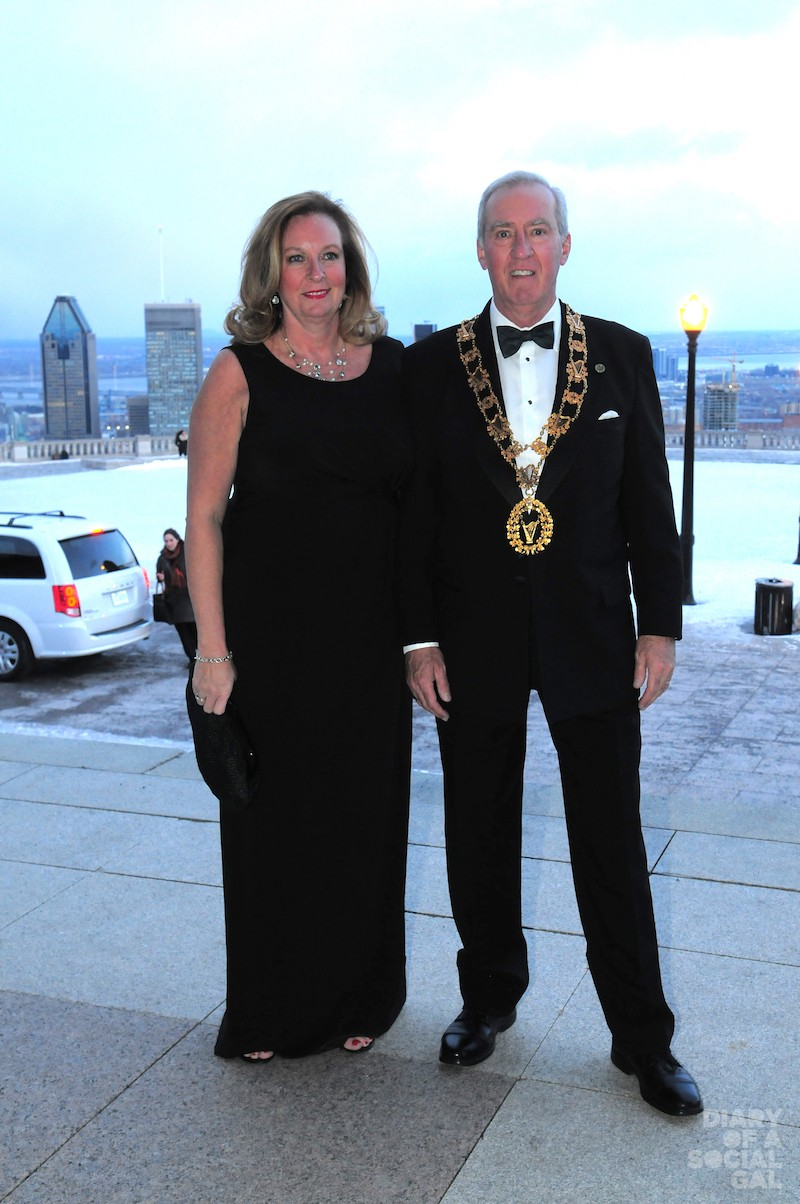 HELLO MR. PRESIDENT: Black-tie perfect PAULA KELLY-PHELAN and husband, St. Patrick's Society president SCOTT PHELAN.