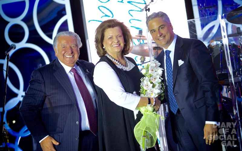 THE BIG REVEAL: LINO SAPUTO SR., and wife, hon. event president MIRELLA SAPUTO pose with DR. PASQUALE FERRARI.