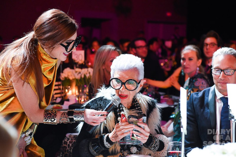 ICON IN THE HOUSE! Celebrity host JESSI CRUICKSHANK chats up International Style Icon Of The Year IRIS APFEL.