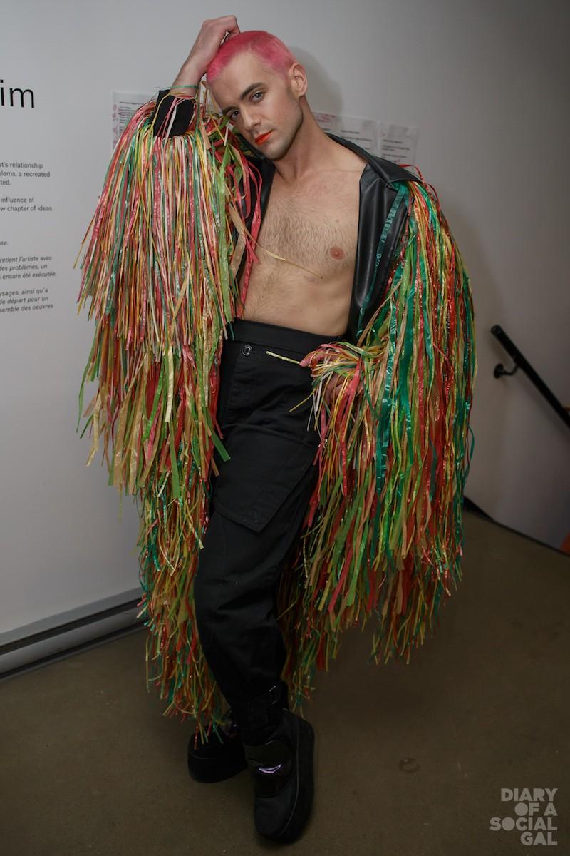 STREAMING LIVE:B JM dancer ALEXANDER HILLE.