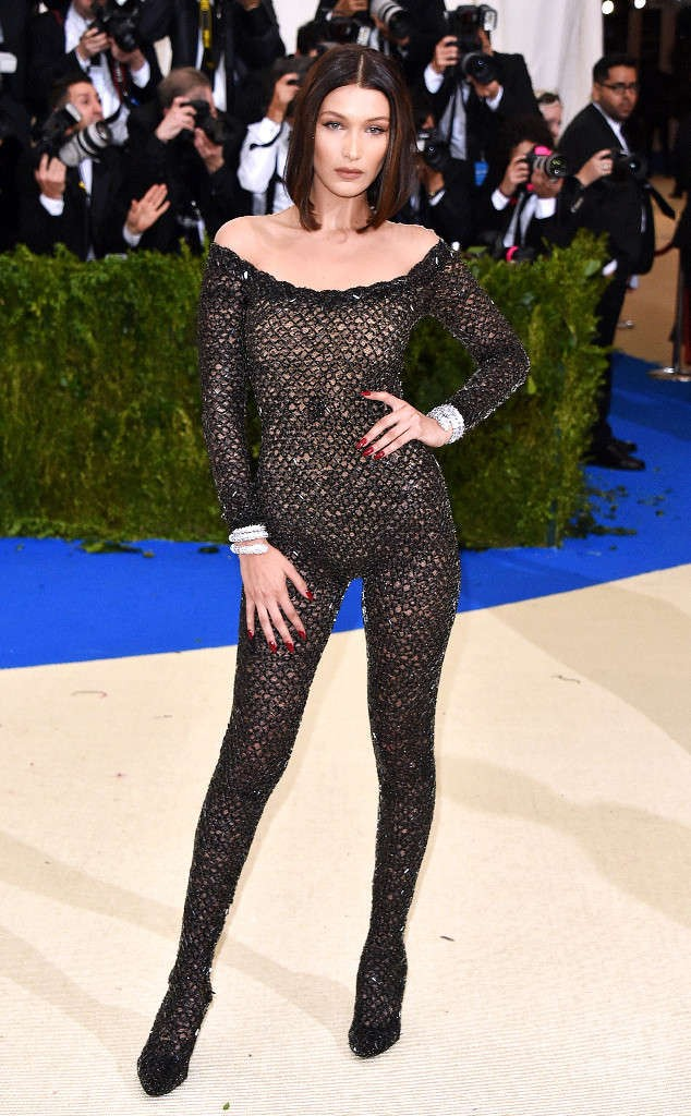 rs_634x1024-170501180157-634.Bella-Hadid-Met-Gala-2017-Arrivals.ms.050117