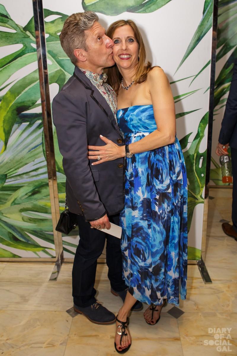 KISSES ALL ROUND: Wonder creator ANDY NULMAN, wife LYNNE NULMAN.