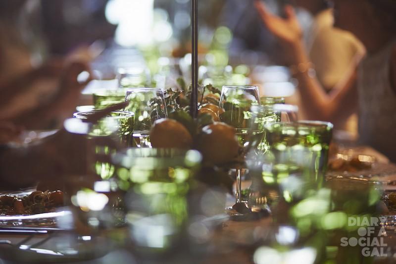 READY SET TABLE.