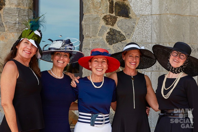 LES AMIS LOVELIES: Event co-president KATHRYN LUND DRUMMOND, hon. president DIANA FERRARA SCALIA, and co-presidents CAROLE LABELLE MOLSON, MARY BRUNS CREIGHTON and JUDITH KAVANAGH bask in their best edition to date.